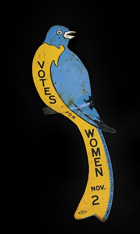 This window hanger was part of an advertising campaign in four eastern states for women's voting rights. Via Newseum collection (photo: Sarah Mercier/Newseum collection).