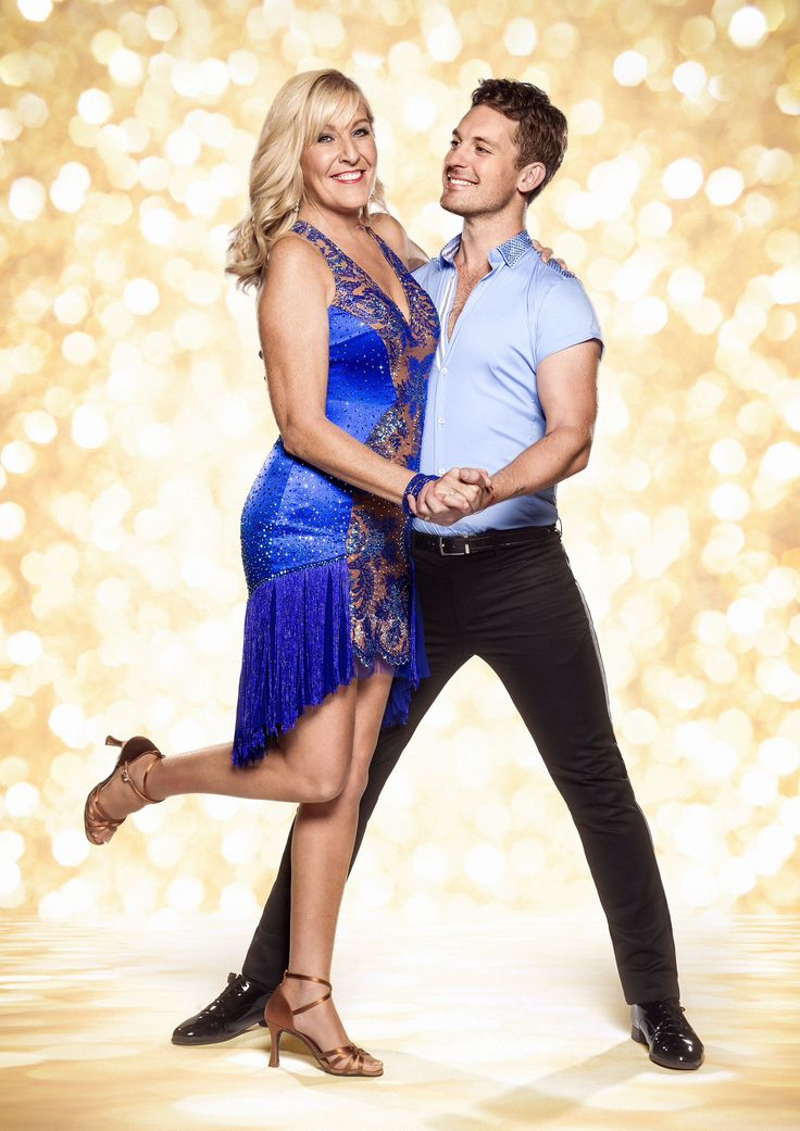 Jennifer Gibney and Tristan MacManus, strictly come dancing official ohoto