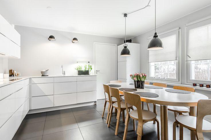 valoisaa-valkoista-keittion-sisustus