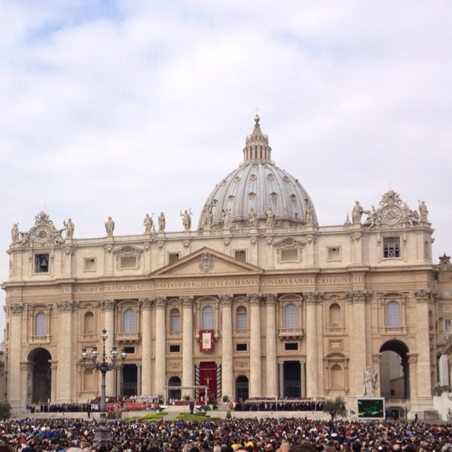 St. Peter Rome / Vaticano - Holy fair of palm sunday with the pope