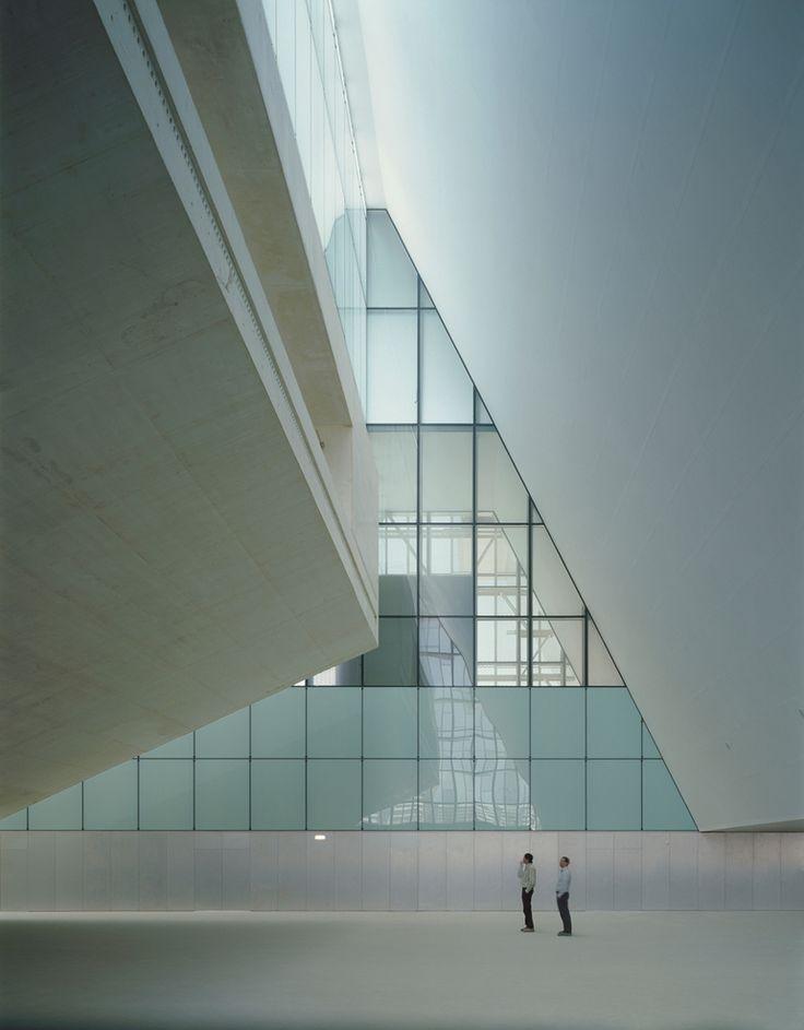 Auditorium and Convention Centre of Aragon, Zaragoza, Spain. By Nieto Sobejano Arquitectos, S.L.P. – Fuensanta Nieto – Enrique Sobejano and Patricia Grande. (2008)