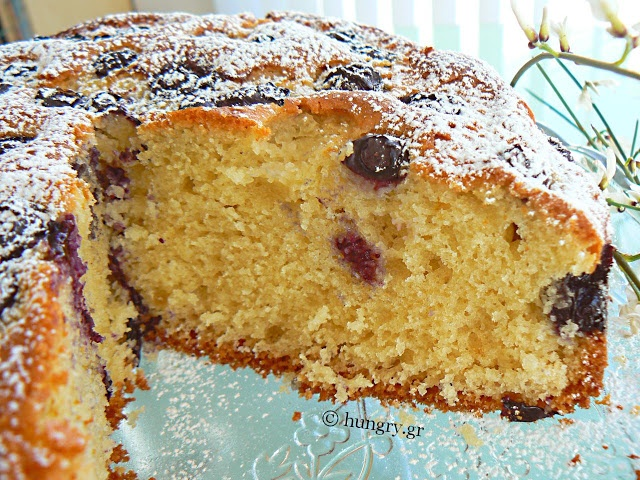 Kitchen Stories from Greece: Blueberry Cake