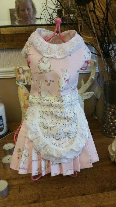 Toy dog dress with pinny