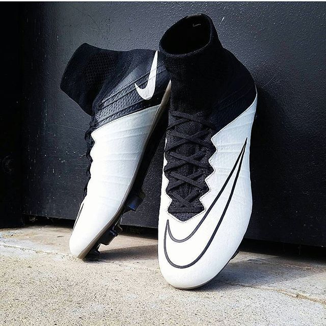 Nuevos grandes Mercurial superfly del #techcraft Pic @ae_football_ Usa el hashtag #total_soccer_ o envianos DM para que publiquemos tus botas.