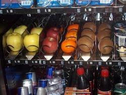 máquinas de vending distribuyen y ofrecen alimentos sanos, ligeros y frescos