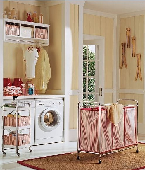 Laundry hamper and sorter, image by besthomeorganize.com