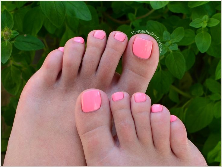 Love this color for pedicure China Glaze - Neon & On & On.