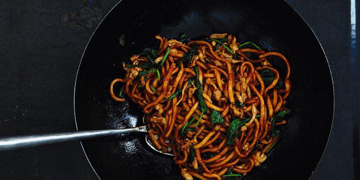 Shanghai Stir-Fried Chunky Noodles via @iquitsugar