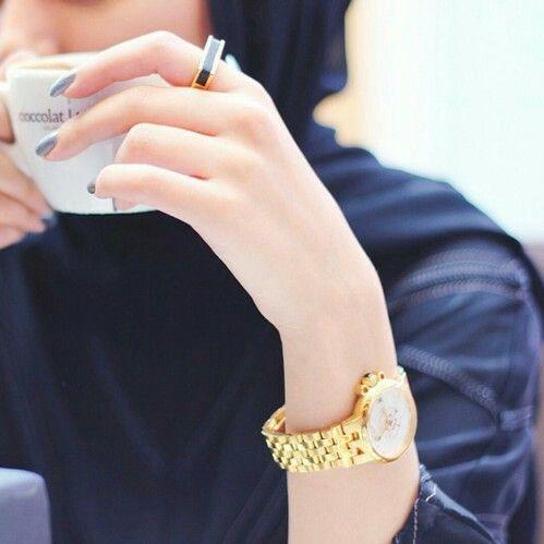 Beauty of #Hijab by @Suheri034