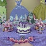 Figura de princesa sofia en foamy o gomaeva incluye moldes