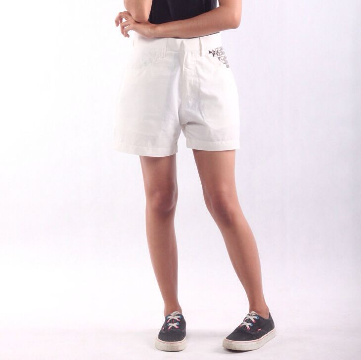 LADIES  High Waist Hot Pants  for another inqury visit our web www.jeunnes.com