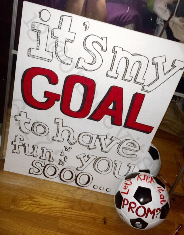 soccer promposal for a guy or boy soccer promposal for a girl punny promposal DIY #soccerpromposals