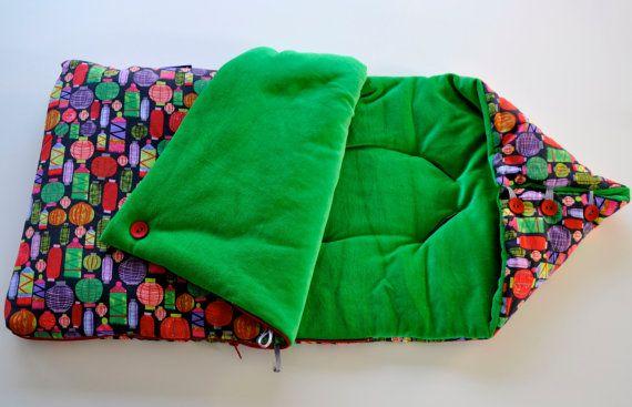 Sleeping nest / Sleeping bag for babies 'Lantern' in green