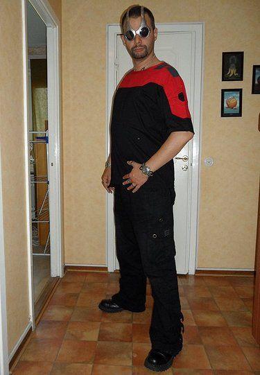techno rave t-shirt red black