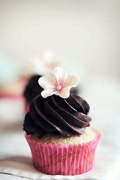 Chai cupcakes by Call me cupcake