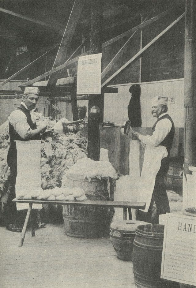 HAND WOOLCOMBERS  - The History of Wool and Wool Combing James Burnely, 1889