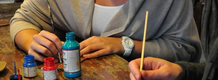 Bij Label Beu in Kaatsheuvel bieden wij de mogelijkheid om via een workshop zelf sieraden en accessoires te maken. Van oorbellen tot telefoon hoesjes.
