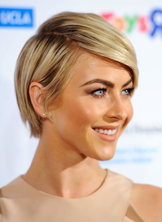 HOW-TO: The Cross-Layered Crop as seen on Julianne Hough