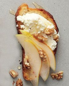 Pear, Walnut, and Ricotta Crostini (mix in goat with ricotta, or do straight goat no ricotta)