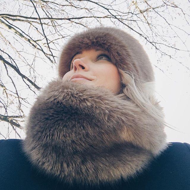 it's cold outside...#unechta #unechtamimicree #mimicree #fakefur #fauxfur #furfree #furfreeretailer #fashion #fashionista ##kunstpelz #hightechwebpelz #webpelz #kunstfellbommel #kunstfellweste