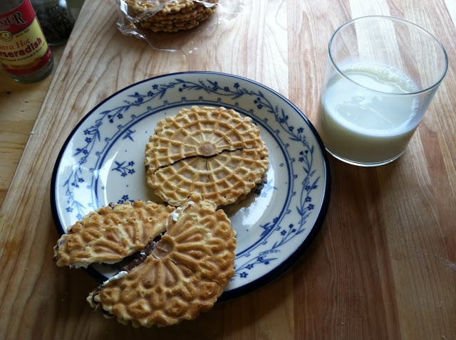 nutella & whipped cream cheese pizzelle sandwiches