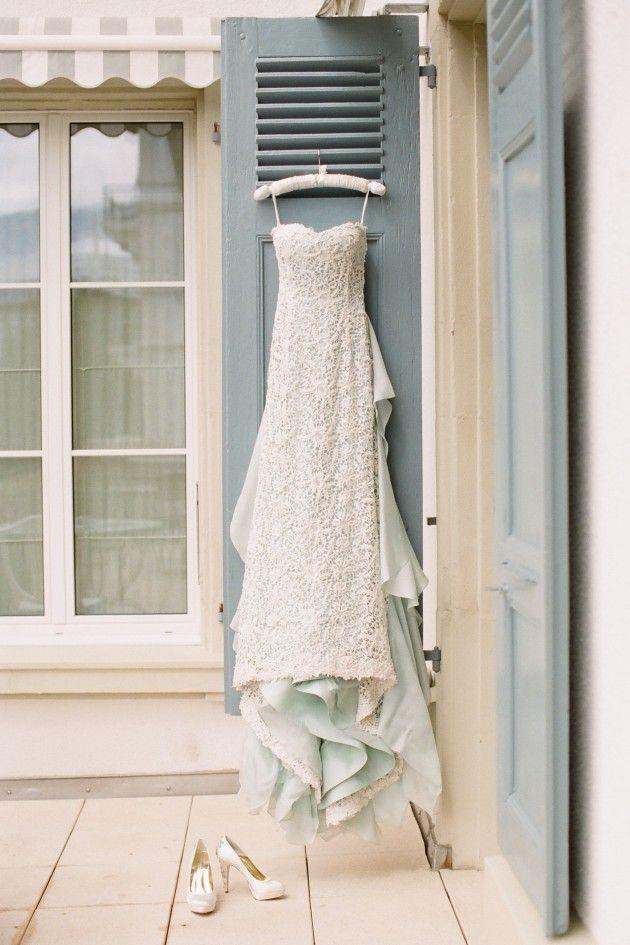oscar de la rental wedding dress