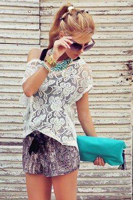 Ten Quick Ways to Pump Up Your Ponytail | Teen Vogue