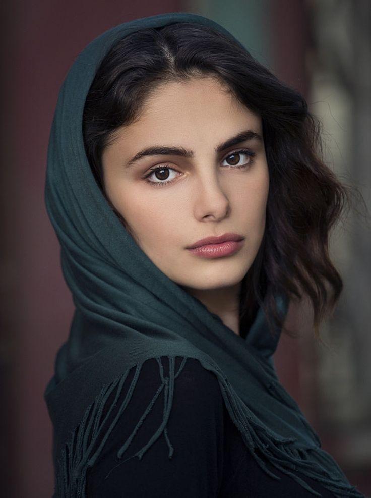 turkish woman young portrait face serdar