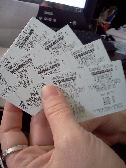 Breaking Dawn tickets..I've got mine already! :-): Quotes Worth, Worth Keeping, Breaking Dawn, Dawn Tickets I Ve, Photo
