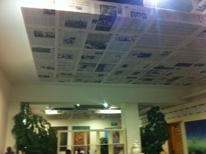 Newspaper Decoupaged Dropped Ceiling A Great Idea Room Ideas