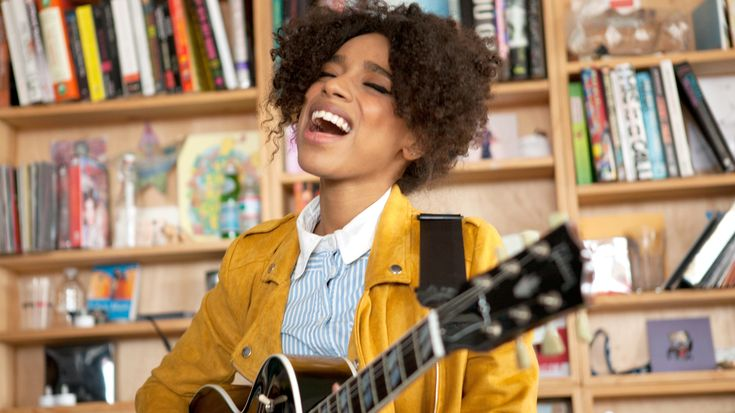 The singer is soulful yet playful, raw and vulnerable in a commanding kind of way. Watch La Havas perform three of her songs live in the NPR Music offices.