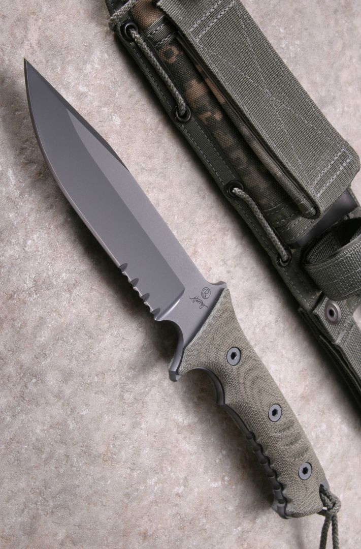 Chris Reeve Knives Pacific Tactical Fixed Blade Knife (6 inch Serr)