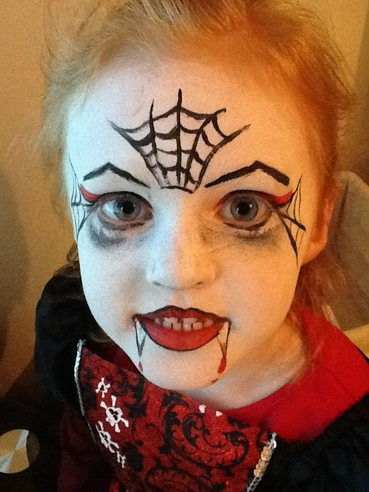 vampire face paint halloween costumes pinterest vampires paint and vampire face paint. Black Bedroom Furniture Sets. Home Design Ideas