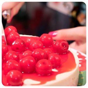 Cheesecake de Cereja - Receitas de Torta - I COULD KILL FOR DESSERT