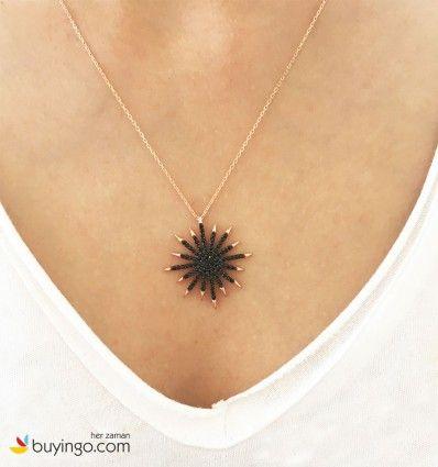 Siyah Zirkon Taşlı 925 Ayar Yıldız Gümüş Kolye #gümüş #kolye #yıldız #black #siyah #takı #aksesuar #trend #tarz #moda #gold #rose #hediye #kadın #bayan #alışveriş #kampanya #indirim #kupon