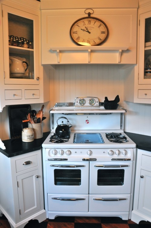 my cottage kitchen 29 best range hoods images on kitchens range 1018