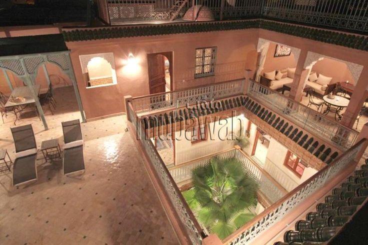 À SAISIR: Authentique Riad sur 230m² au sol, exploitable en maison d'hôtes de 6 suites avec ascenseur, piscine, hammam très bien situé à 4mn de la place JEMAA EL FENA.MARRAKECH - Mubawab