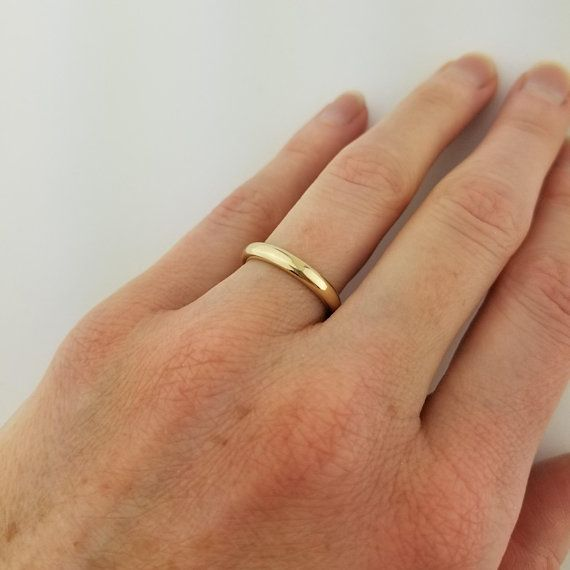 10K White Gold Plain Domed Wedding Band 2mm Wide 100/% 10K White Gold Comfort-Fit