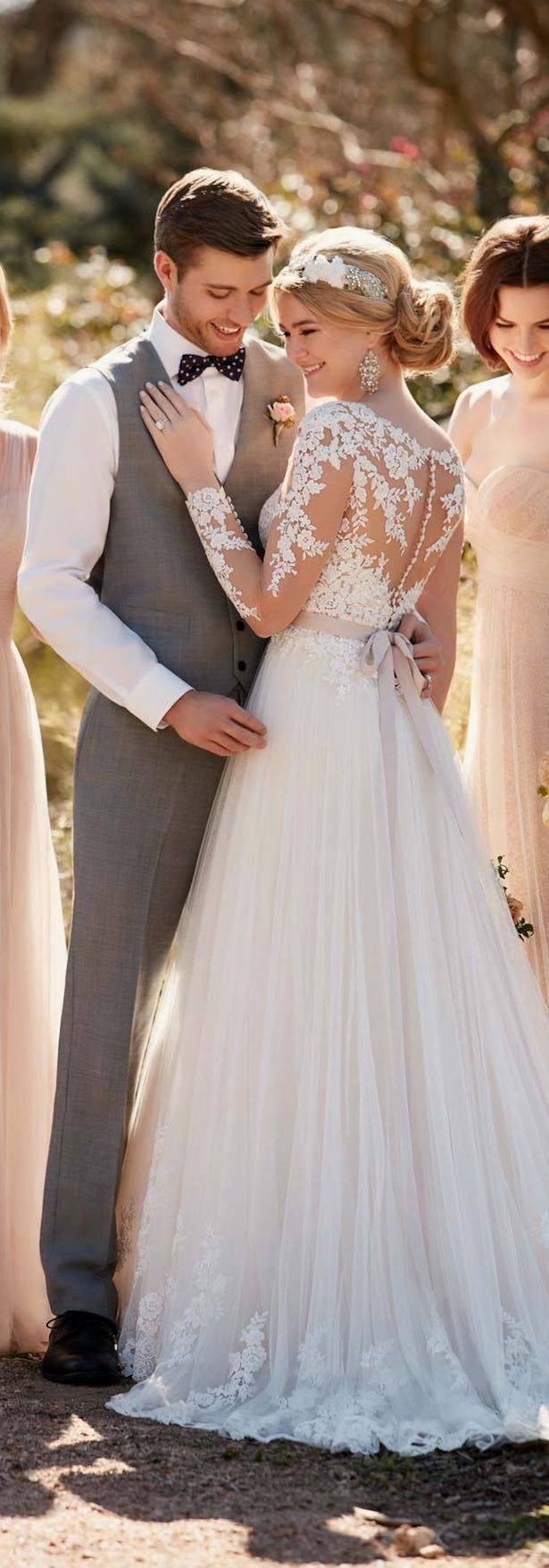 Lace wedding dress v neck november 2018 Lace wedding dress Ignore the bridegroom for the moment lets