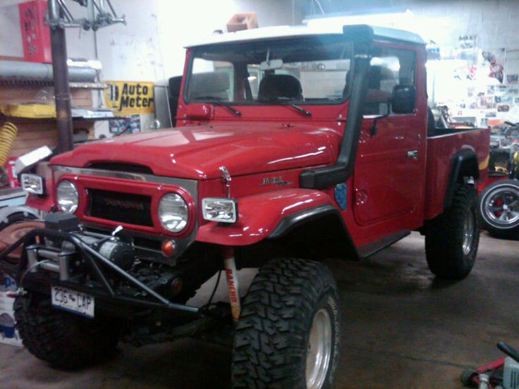 85 best images about toyota land cruiser fj45 on pinterest station wagon trucks and icons. Black Bedroom Furniture Sets. Home Design Ideas