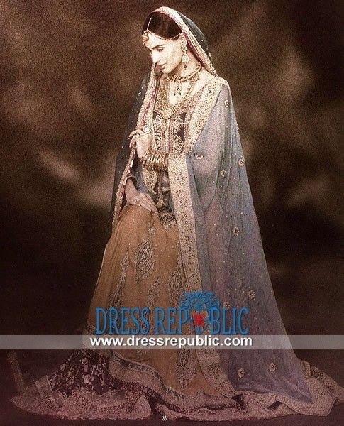 995 Best Images About Bridal Dresses On Pinterest