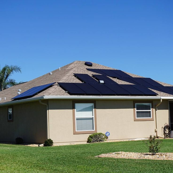 FEATURED HOME:  Located in Middleburg Florida  7.9KW PV Solar System=  28SolarWorld USA290 Busbar 5 mono panels  28Enphase EnergyEnphase LatinoaméricaS280 with envoy monitoring system  and one 24 watt Solar Attic Fan  provided byUma Solar  FUN SOLAR FACT OF THE DAY!  Did you know that the earth receives about 1366 watts of direct solar radiation per square meter.  Nosotros Hablamos Espanol!  We do it all from new installs to repairs residential agricultural projects boats trailers and more…