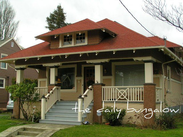 129 best images about craftsman style on pinterest for Bungalow roof styles