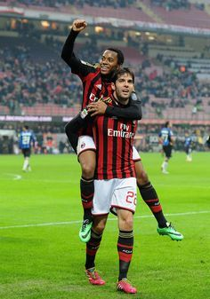 Kaká celebrates his goal with teammate Robinho during the Serie A match between AC Milan and Atalanta BC at San Siro Stadium on January 6, 2014 in Milan, Italy.
