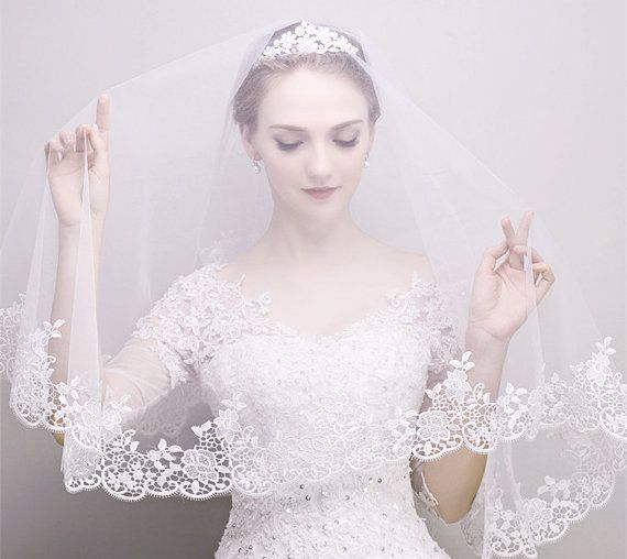 Bridal Soft illusion Tulle one Layer Embroidery Lace Veil, 1 Tier Wedding fingerip length Drop veil, Bride Ivory Mantilla hair accessories