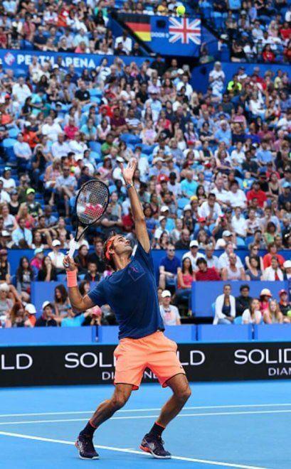 Tennis, Australia: in 8000 per l'allenamento di Federer
