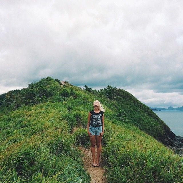 78 отметок «Нравится», 1 комментариев — Photographer Ludmila Nilova (@ludmilanilova) в Instagram: «#travel #traveler #asia #nature #backpacker #Downshifting #philippines #photooftheday #travelgirl…»