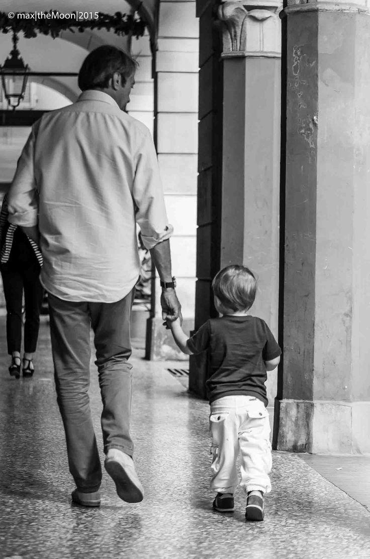 Good morning World!  Bologna - Italy  #goodmorming   #hands   #morning   #buongiorno   #bologna   #emiliaromagna   #italy
