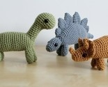 Crochet dinosaurs.  So cute!