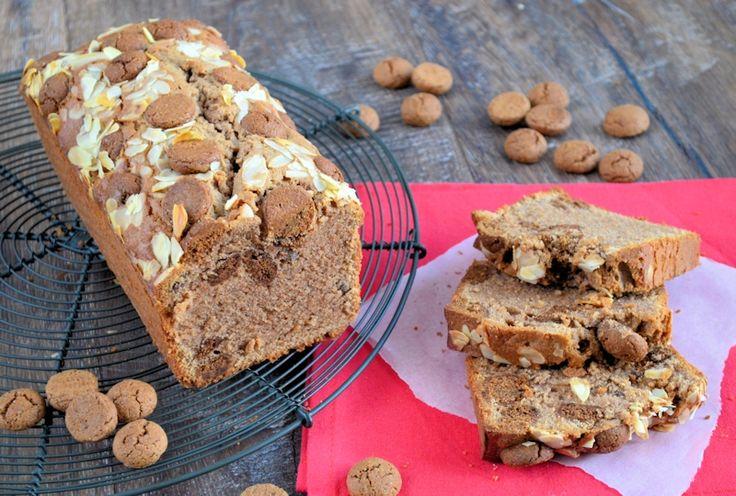 Een eenvoudig maar heerlijk recept voor Sinterklaas: pepernotencake! Met een basisrecept voor cake, speculaaskruiden en kruidnootjes ben je al bijna klaar.